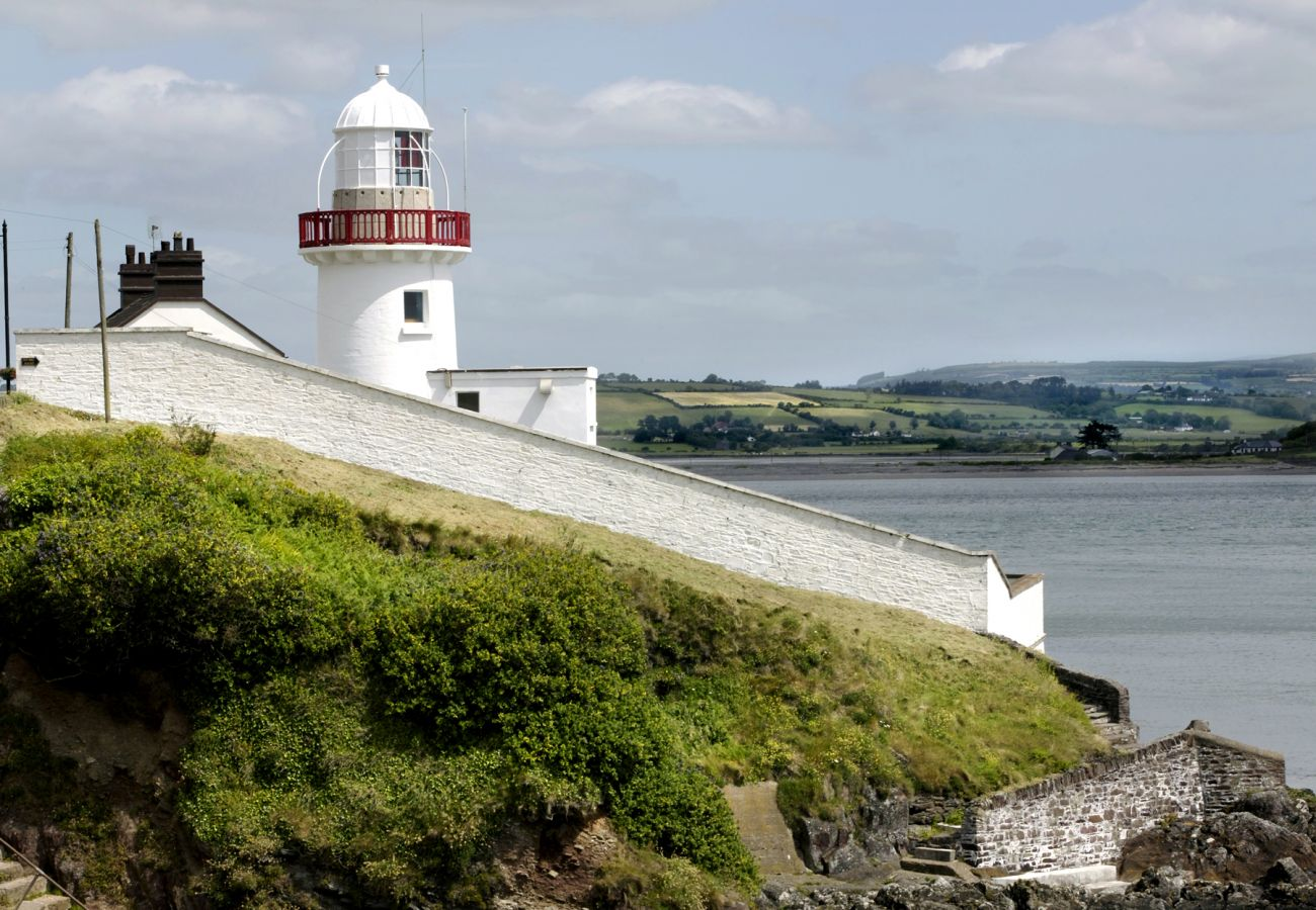 Youghal Lighthouse, Cork © Tourism Ireland