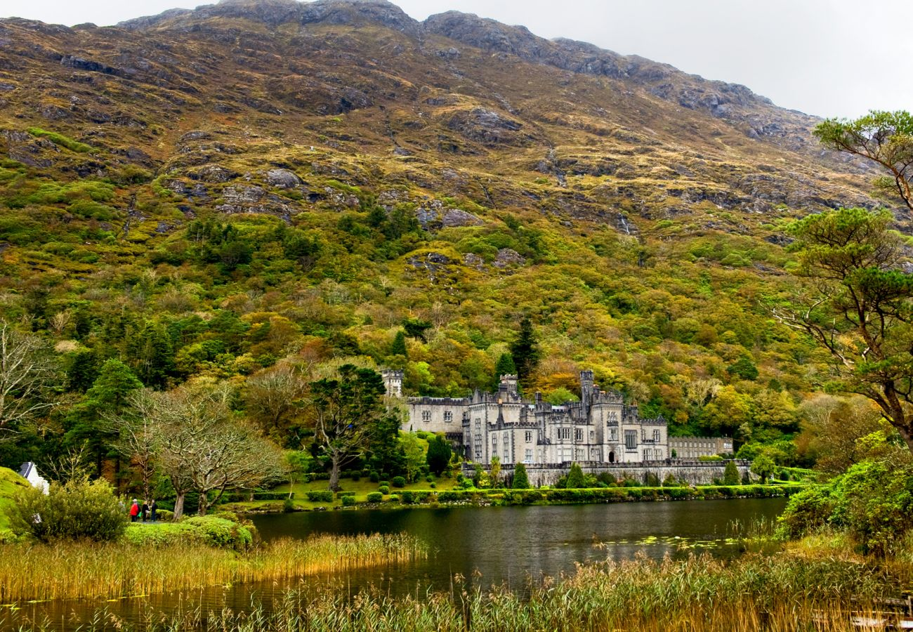 Kylemore Abbey Galway © Chris Hill Photographic 2011