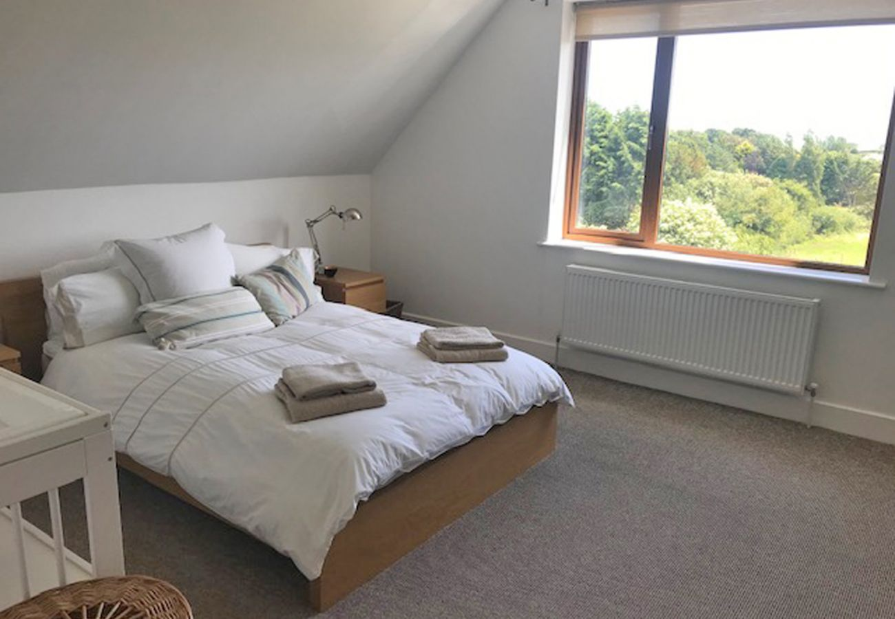 Tinnaberna Lodge, Large Seaside Holiday Accommodation in Kilmuckridge, County Wexford