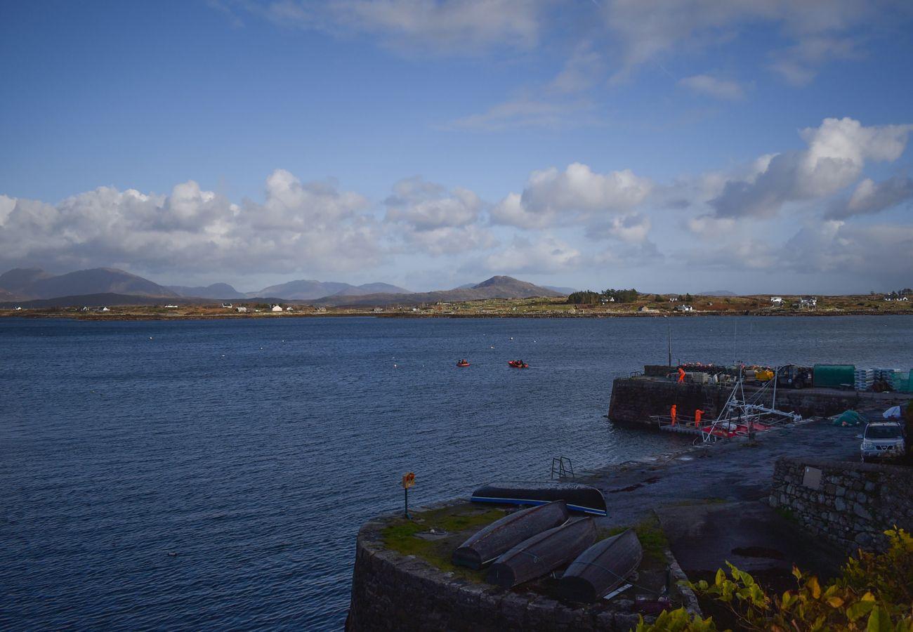 Betraghboy Bay, Inishnee Peninsula, Connemara, County Galway