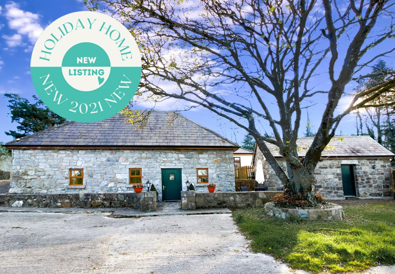 Traditional Self Catering Stone Cottage near Loughrea in County Galway