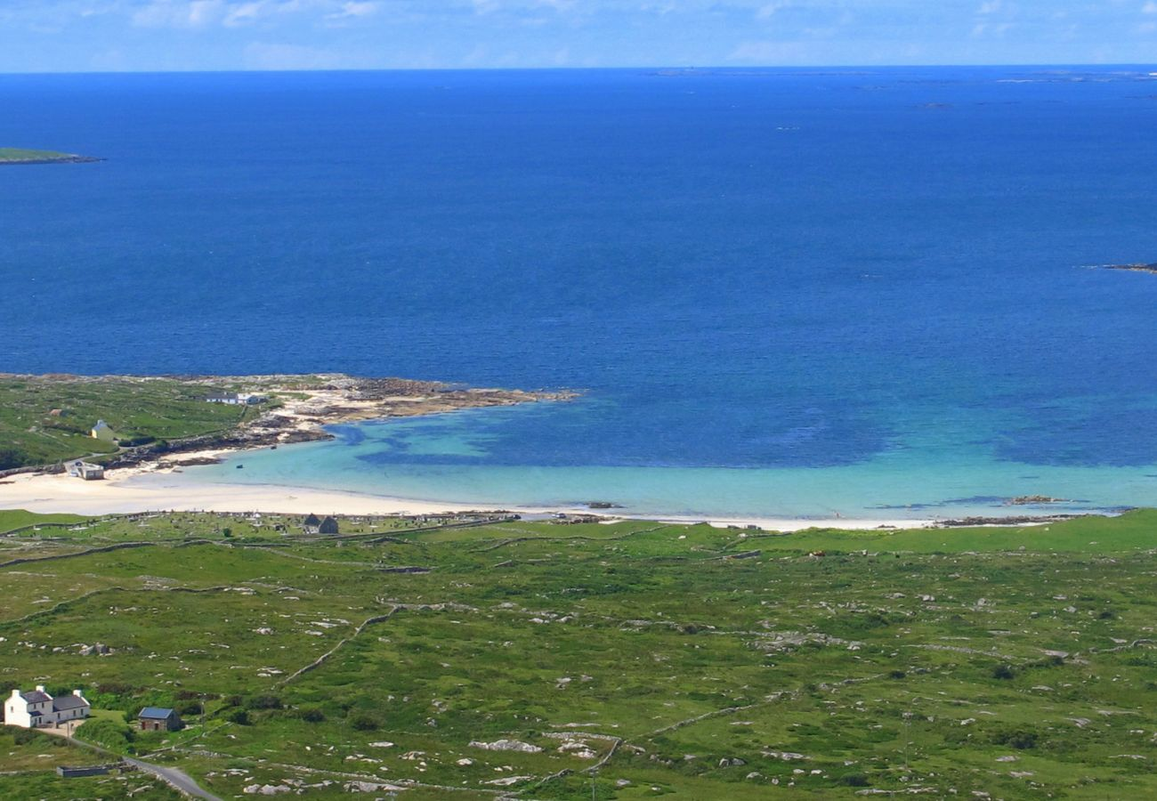 Self-Catering Family Accommodation An Caoran Carna, Carna, County Galway