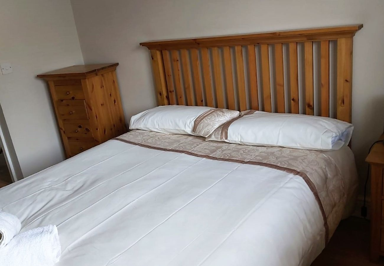 Charming Self-Catering Riverview Family Holiday Home, Cahersiveen, County Kerry