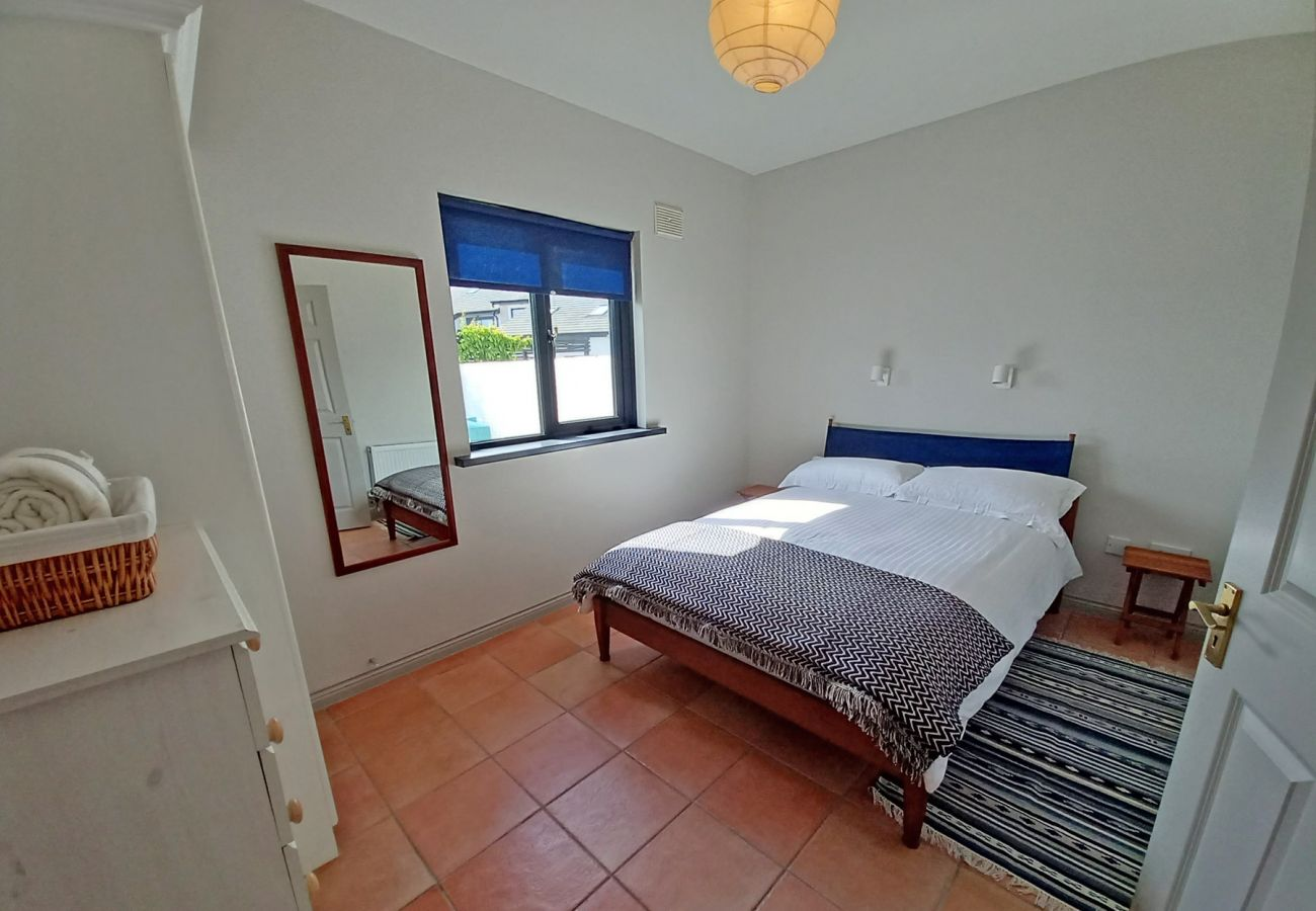 Beachside Avenue Self-Catering Family Holiday Home, Riverchapel, County Wexford