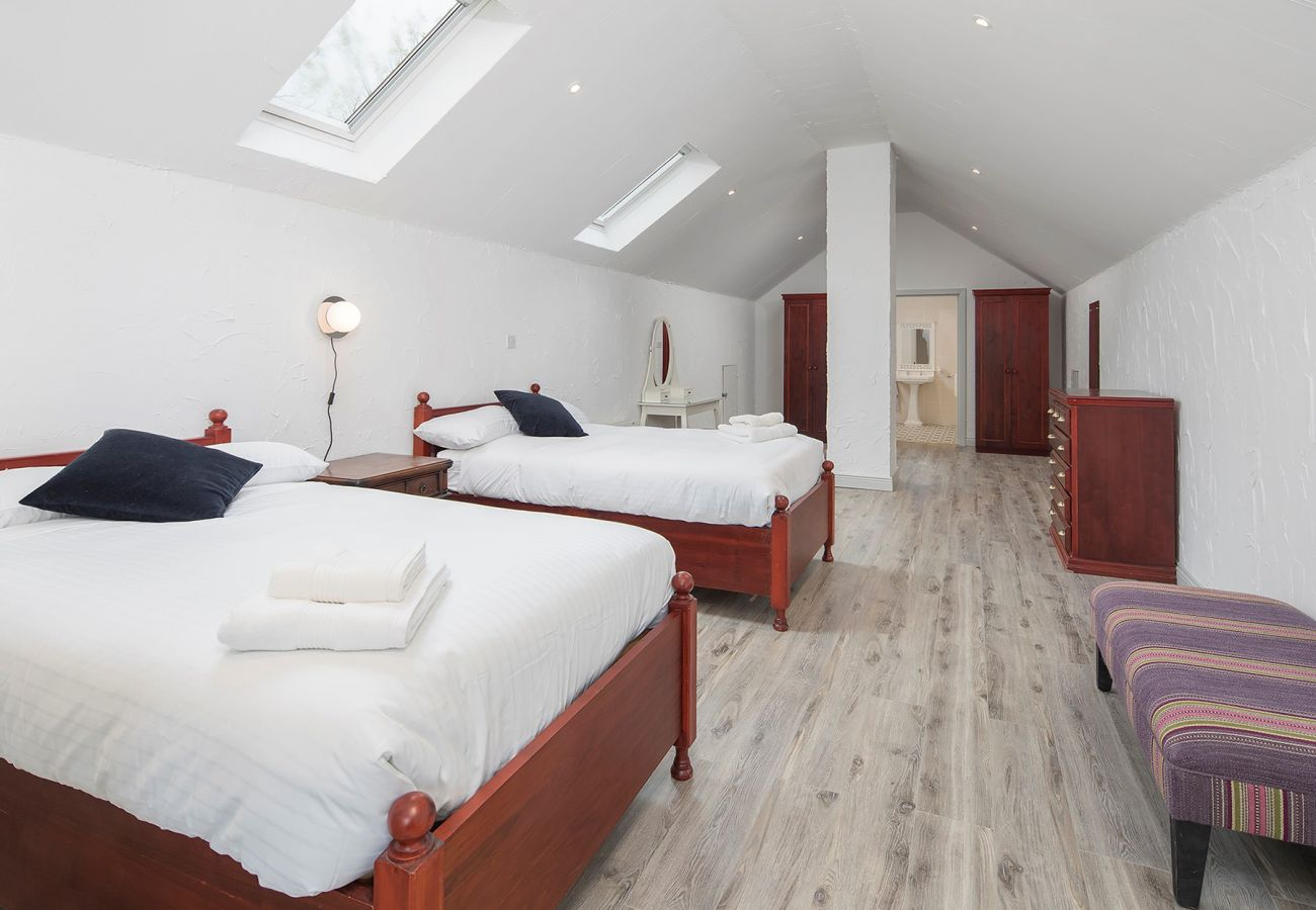 Daisy's Cottage, Beautiful Self-Catering Holiday Accommodation near Ballycotton, County Cork