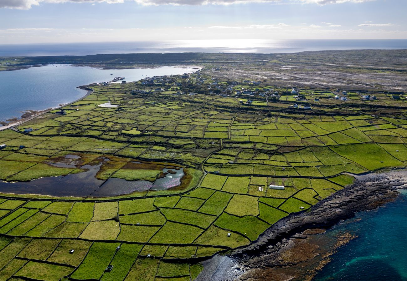 Inishmore, Aran Islands, County Clare © Chris Hill Photographic 2007