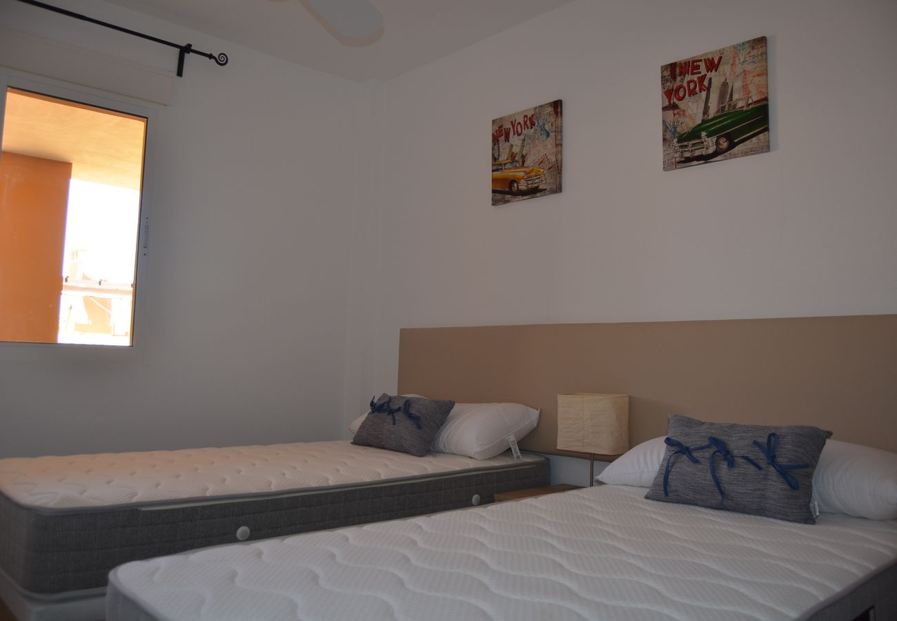 2 single bed spacious bedroom - Resort Choice