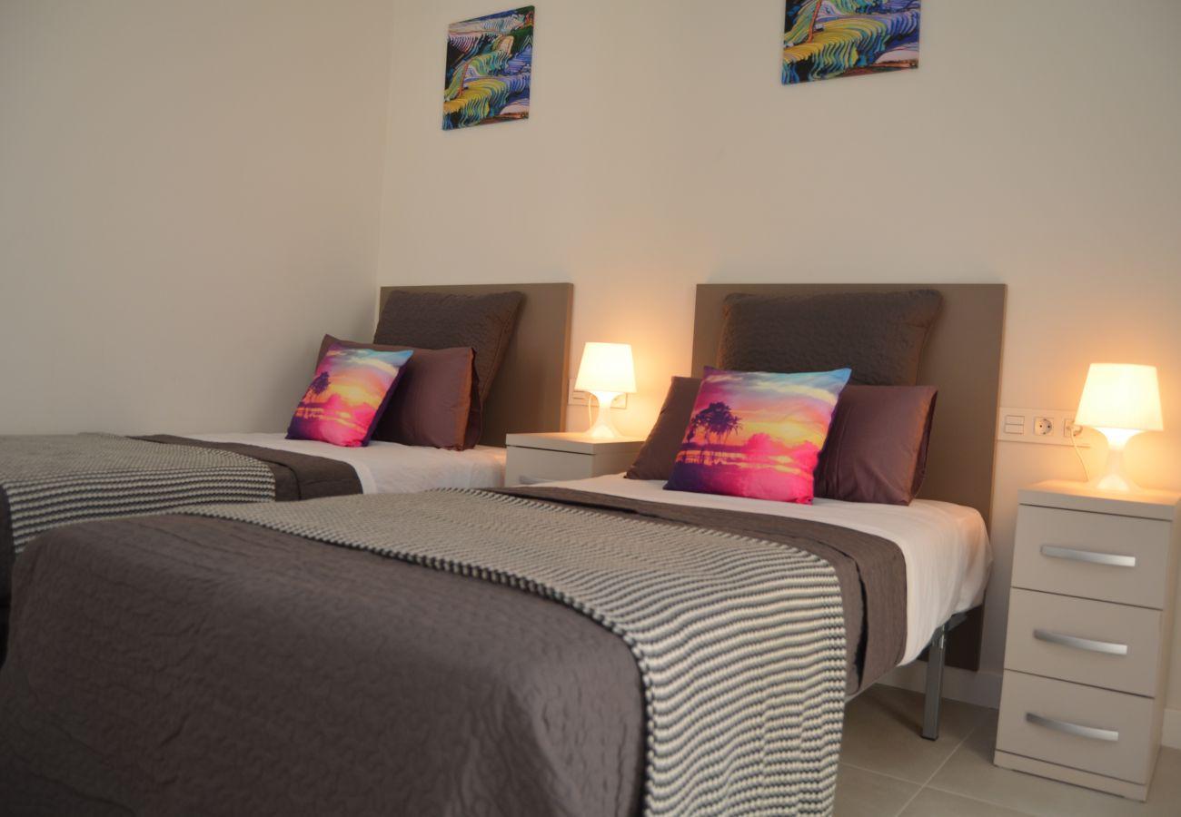 Beautiful bedroom of Santiago de la Ribera apartment