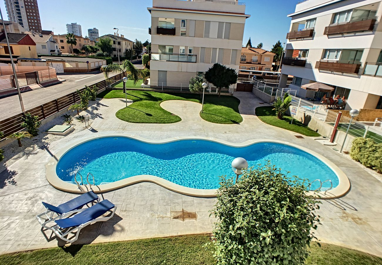Luxurious apartment with beautiful views to the swimming pool