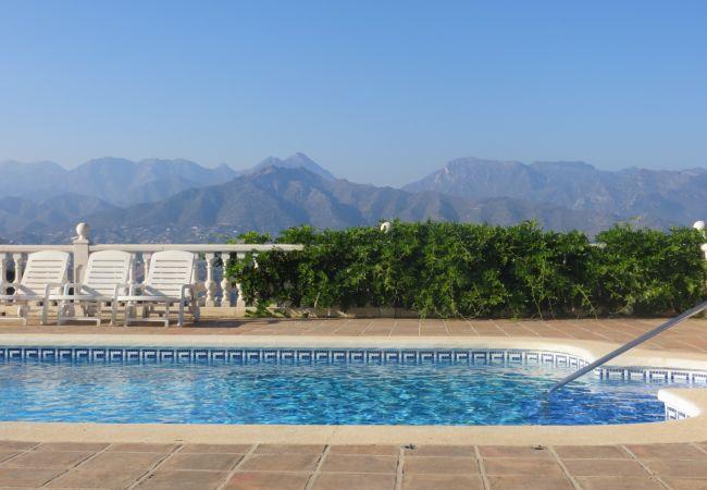 Villa in Torrox - El Castillo, Nerja - R0243