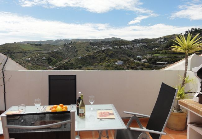 Apartment in Frigiliana - Vinasol, Frigiliana - R0256